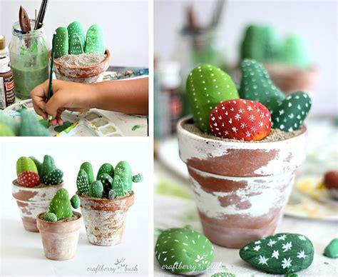 decorare il giardino coi sassi decorare con i sassi 28 idee creative fai da te ispirando