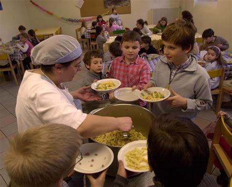 騁agere cuisine novit 224 in arrivo si manger 224 meno alle mense scolastiche