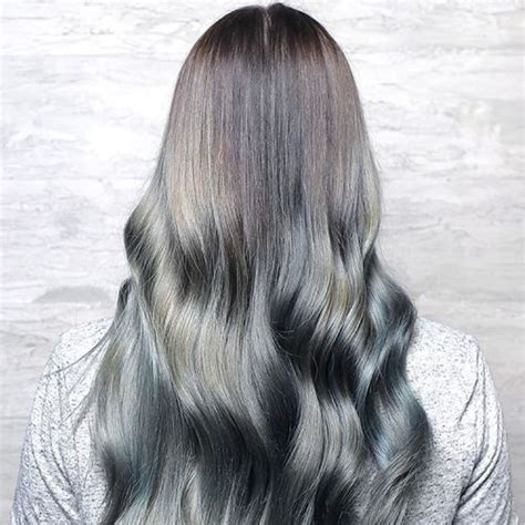 glamorous styles for medium grey hair grey hair trend 20 glamorous hairstyles for women 2018