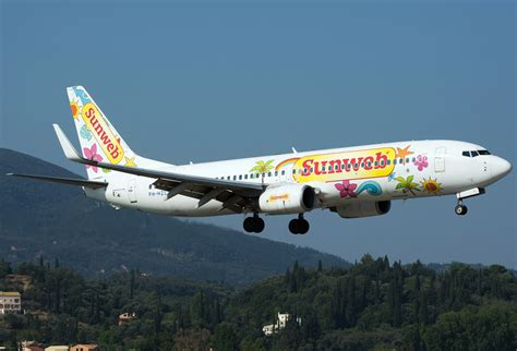 swing airlines file boeing 737 8k2 sunwing airlines transavia airlines