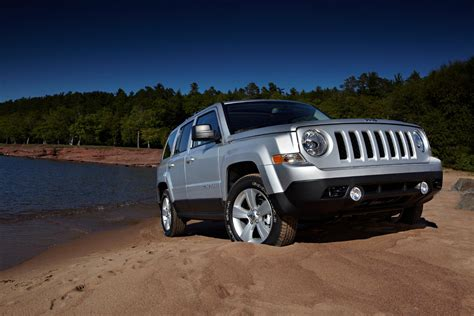 offroad jeep patriot 2011 jeep patriot the true off road spirit