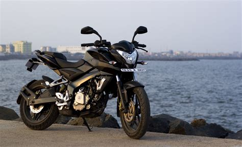 Pulsar 200 NS Owners Review and Experiences