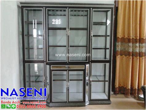 Lemari Display Kaca lemari kaca display sebagai penghias ruangan naseni