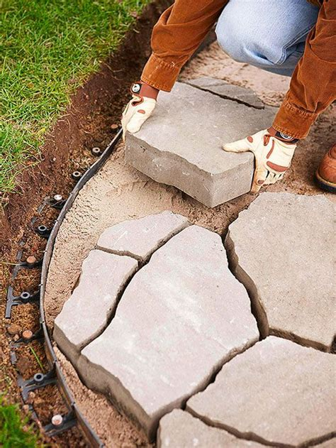 Installing Patio Pavers On Sand 25 Best Ideas About Flagstone Pavers On Walkway Flagstone Patio And Rock Walkway
