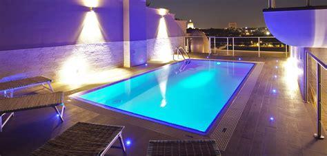 piscina su terrazzo illuminazione per piscine piscine castiglione