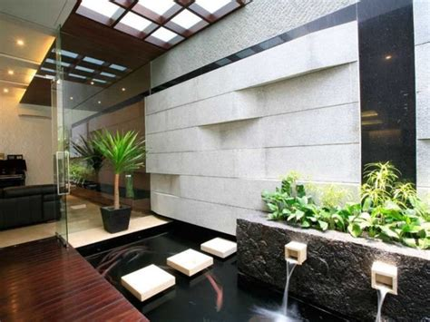 desain  model taman minimalis belakang rumah modern