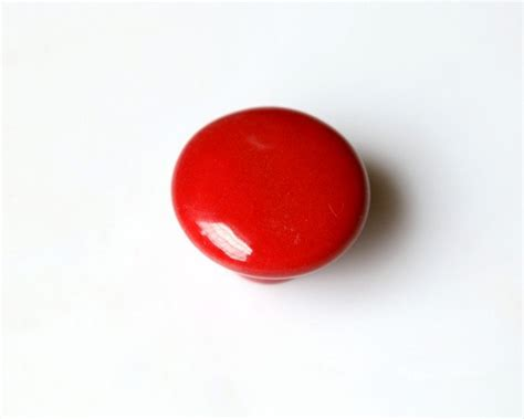 red kitchen cabinet knobs kitchen cabinet knobs dresser knobs drawer knobs pulls