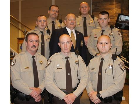 sheriff s office commends deputies for service