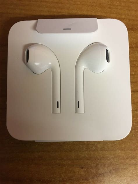 genuine apple iphone 7 7 plus lightning earpods headphones earphones 8859096276842