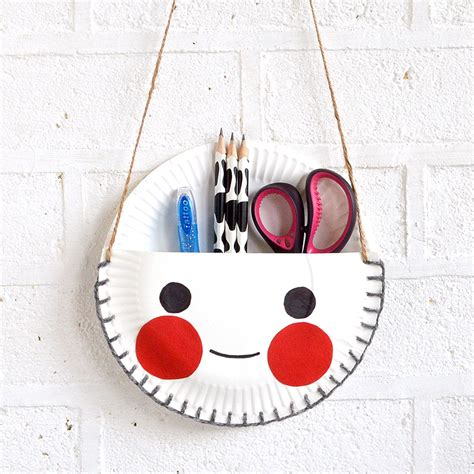 how to make paper plate crafts mollymoocrafts paper plate craft the cutest desk tidy