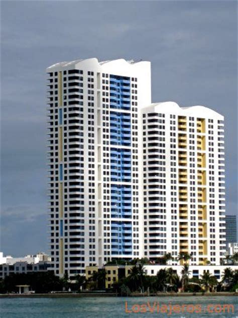 imagenes edificios miami buildings near the port of miami usa edificios
