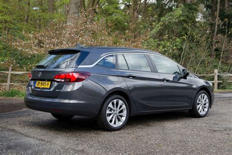 opel astra sports tourer test opel astra sports tourer 2017 autokopen nl