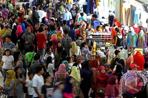 berita tanah abang semakin semrawut terbaru pasar tanah abang masih jadi pilihan warga ramadhan
