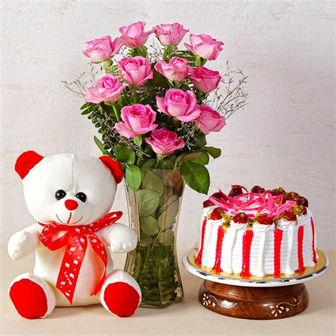 Teddy Vase by Pink Roses Vase With Cake And Teddy Buy Send Gifts