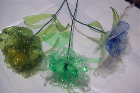 fiori di plastica con bottiglie ideedinonnalaura fiori con bottiglie di plastica