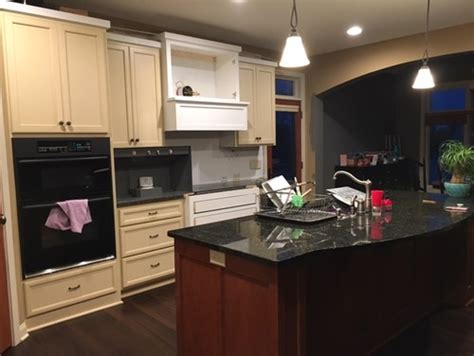 Timeless Kitchen Cabinet Colors Help What Color For Timeless Kitchen Cabinets