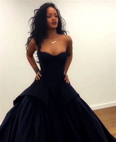 Dress Rihanna best 25 rihanna black dress ideas on rihanna