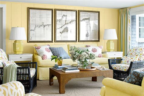yellow living room decor martha maccallum cape cod house tour cape cod decorating