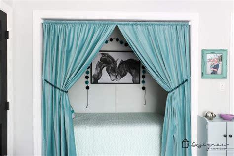 turn  closet   bed nook designertrappedcom