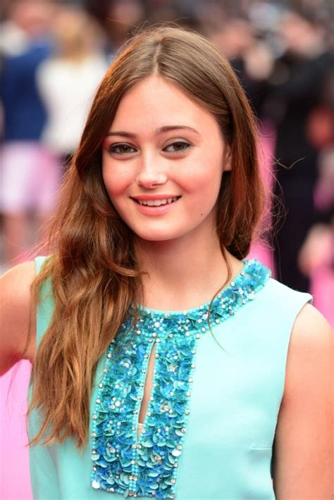 Ella Purnell Movies List, Height, Age, Family, Net Worth $1000000 Bill
