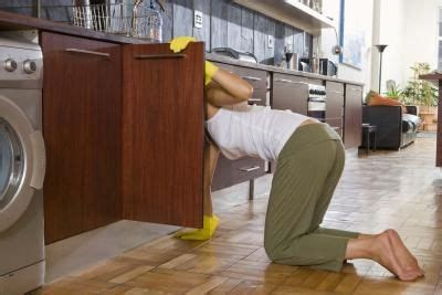 how to get rid of an musty smell in kitchen cabinets - How To Get Rid Of Cupboard Smell