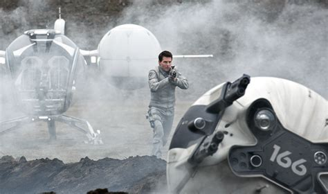 film tom cruise science fiction oblivion retour 224 la science fiction pour tom cruise