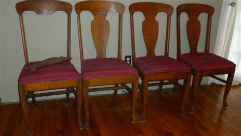antique dining room chairs antique oak dining room table w leaves four straight