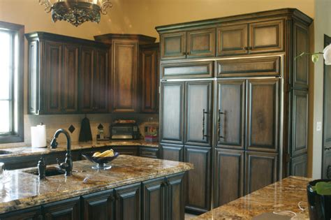staining kitchen cabinets white