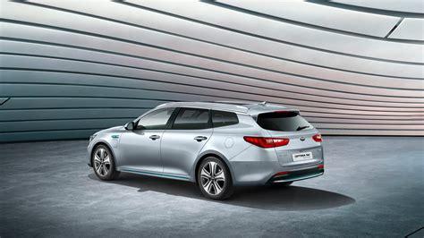 Kia Wagons Kia Unveils Niro Phev In Hybrid Optima Wagon