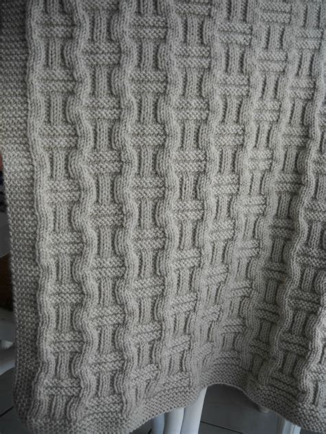 comment tricoter une couverture bebe nos conseils