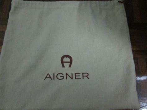 Tas Authentic Aigner Bag tough for the preloved authentic aigner bag