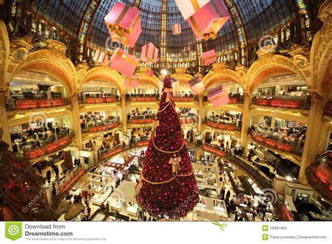 christmas tree in lafayette the tree at galeries lafayette editorial stock image image of lafayette
