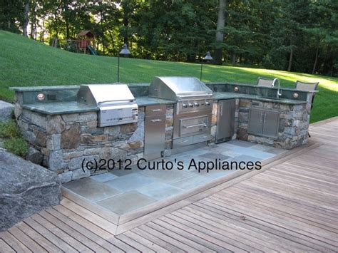 Patio Grill Outdoor Kitchen With Capital Outdoor Grill Lynx And