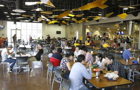 Dining hall, 1st new dorm open at Mesa's ASU Polytechnic