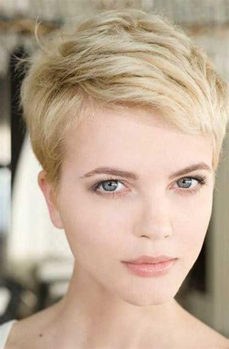 pixie cut to disguise thinning hair pixie cut thin hair beauty hair nails clothes