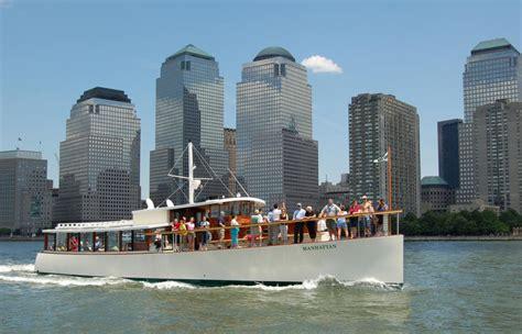 round manhattan boat trip manhattan yacht charter classic motor yacht charter