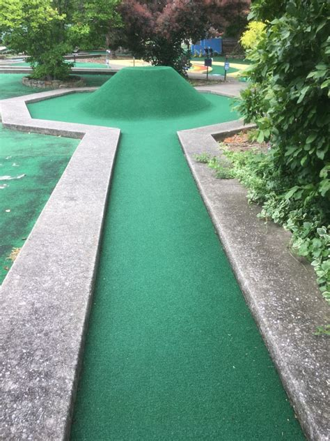 lexington ice center   hole  miniature golf