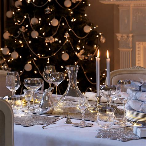 elagant christmas table tops in white theme table decoration ideas for festive dining decorations housekeeping