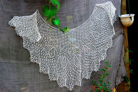 Wedding Border Sts by 474 Best Images About Knit Shawls Stoles On