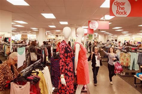 Nordstrom Rack Factoria Mall by Nordstrom Plans Rack Store In Bellevue S Lincoln Square