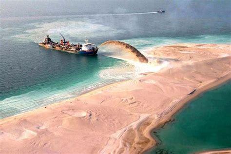 Fake Tree by Palm Islands An Artificial Archipelago In Dubai