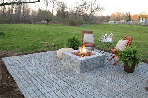 Build A Patio With Pavers How To Build A Paver Patio With A Built In Pit Patios Backyard And Yards
