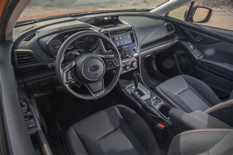 jeep crossover interior 2018 subaru crosstrek interior view 05 motor trend