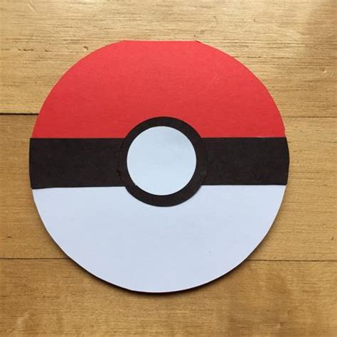 How To Make A Pokeball Out Of Paper - easy diy pokeball invitations paperblog