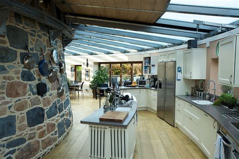 Kitchen Movable Island by 30 Inventive Kitchens With Stone Walls