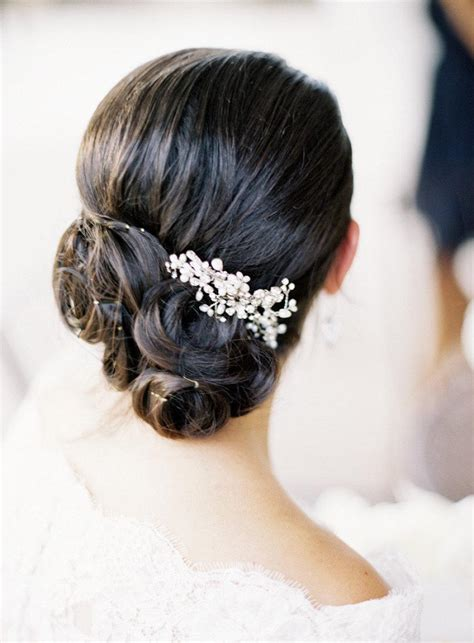 Unique Wedding Updo Hairstyles by 10 Chic Unique Updo Wedding Hairstyles Weddbook