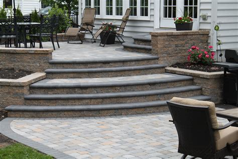 doylestown raised patio r r caddick landscape design
