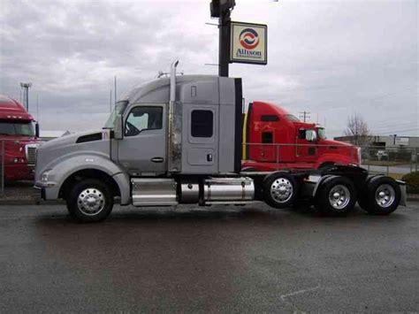 Kenworth T880 Sleeper by Kenworth T880 2015 Sleeper Semi Trucks