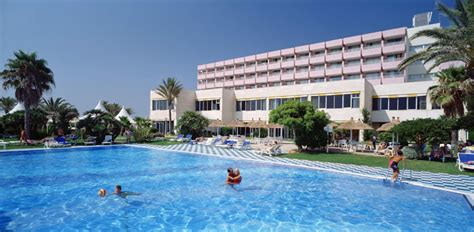 Chambre Hote Piscine Chauffée by Hotel Sidi Saler