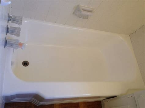 bathtub surface refinishing i never thought that my tub would look so beautiful you